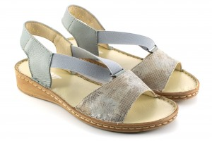 Women's sandals Roman women, on a flat sole, natural leather adorned tiles and decorative - beige - Escott