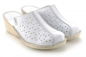 Women's Slippers on the middle wedge heel, perforated natural leather - white - Escott