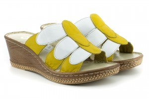 Comfortable and sturdy flip wedge heel women on average, full-grain leather - yellow and white - Escott