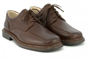 Comfortable, classic men's shoes, lace-up, full-grain leather - dark brown - Escott
